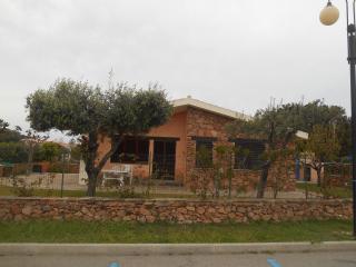 Villetta San Teodoro Via Gramsci - San Teodoro vacation rentals