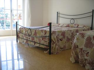 Apartment in Terracina, close to the center - Terracina vacation rentals