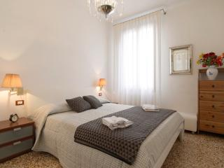 RENT-IT-VENICE Venice Romantic Suite - Venice vacation rentals