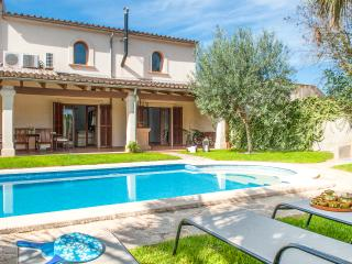 Lovely 4 bedroom Vacation Rental in Vilafranca de Bonany - Vilafranca de Bonany vacation rentals