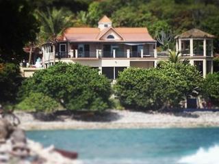 Pelican Beach   Beachfront Suite Escape - Coral Bay vacation rentals