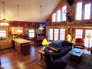 "3 Bedroom Cabin in the ""Heart of the Black Hills"" - Deadwood vacation rentals"