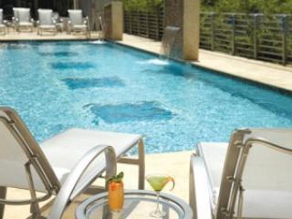Luxury Z Ocean * 5 star hotel * kitchen * parking - Miami Beach vacation rentals