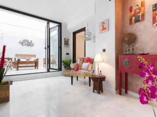 Francos, Next to the Cathedral - Seville vacation rentals