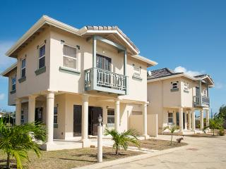 Beautiful 3 bedroom Vacation Rental in Atlantic Shores - Atlantic Shores vacation rentals