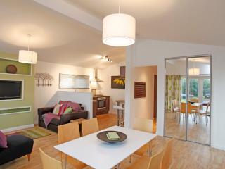 3 Bedroom Luxury Lodge at Elm Farm - Clacton-on-Sea vacation rentals