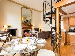 Magnificent 1 Bedroom Apartment in Knightsbridge - London vacation rentals