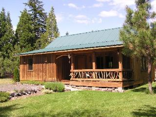 Red Blanket Cabin near Crater Lake National Park - Prospect vacation rentals