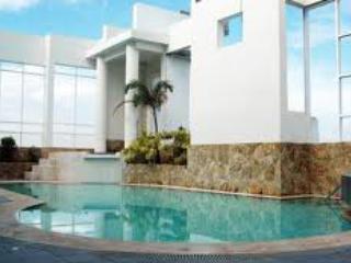 Hotel Condo/Studio - Metro Manila- Lancaster Hotel - Mandaluyong vacation rentals