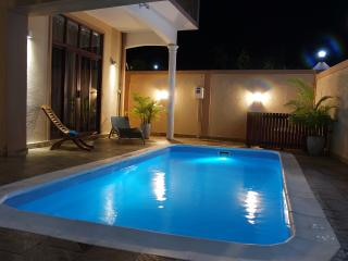 Charming 3 bedroom Pereybere Villa with A/C - Pereybere vacation rentals