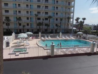 Charming Apartment with Internet Access and A/C - Cocoa Beach vacation rentals