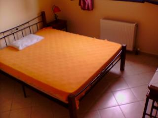 2 bedroom House with Internet Access in Argostolion - Argostolion vacation rentals