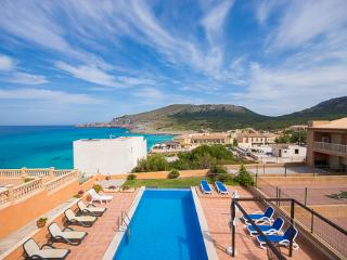 Sunny 6 bedroom Villa in Cala Mesquida - Cala Mesquida vacation rentals