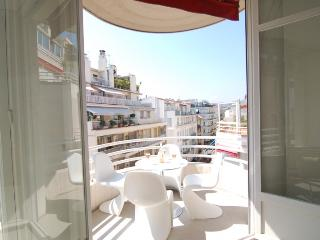 2 bedroom Condo with Balcony in Nice - Nice vacation rentals