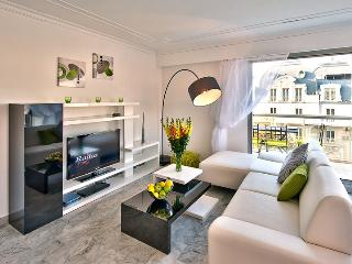 2 bedroom Condo with Balcony in Nice - Nice vacation rentals