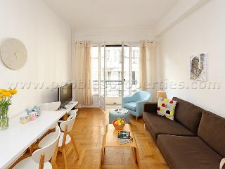 Bright Condo with Balcony and Central Heating - Nice vacation rentals