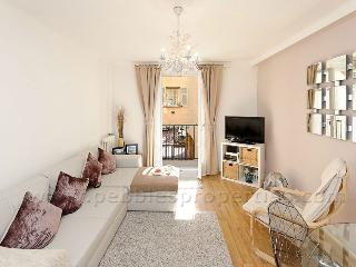 Nice 1 bedroom Condo in Nice with Balcony - Nice vacation rentals