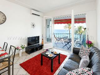 2 bedroom Apartment with Balcony in Nice - Nice vacation rentals