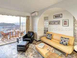 Nice Condo with Balcony and Mountain Views - Nice vacation rentals