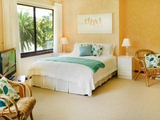 Sunny Hill Retreat Bonville Room 2 - Bonville vacation rentals