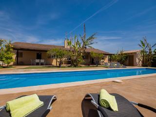 Nice 6 bedroom House in Son Cervera - Son Cervera vacation rentals