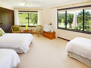 Sunny Hill Retreat Bonville Room 1 - Bonville vacation rentals