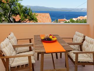New spacious apartment Iris 1 - Bol vacation rentals