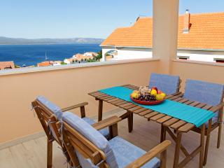 New spacious apartment Iris 2 - Bol vacation rentals