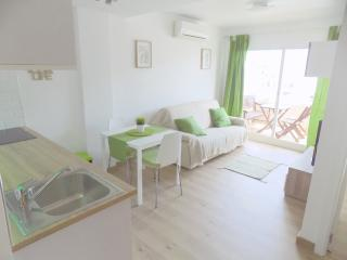 Albir 21 Apartment - 50 m from beach - Albir vacation rentals