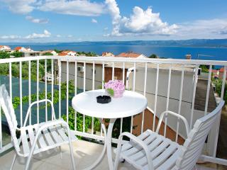 Sea view Apartment Lidija 3, Bol - Bol vacation rentals