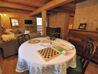 Nice Chalet with Satellite Or Cable TV and Parking - Bresimo vacation rentals