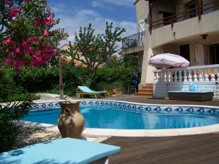 3 bedroom Villa with Internet Access in Lattes - Lattes vacation rentals
