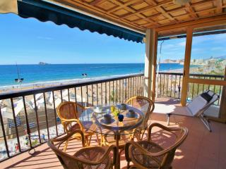 Cozy 3 bedroom Apartment in Benidorm - Benidorm vacation rentals