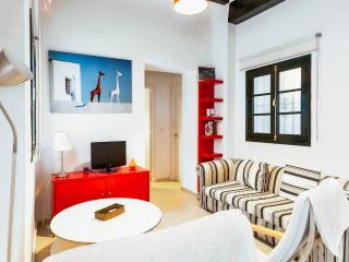 2 bedroom Condo with Internet Access in Cadiz - Cadiz vacation rentals