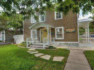 River Town Retreat Unit A - The Closest Rental to Wurstfest! - New Braunfels vacation rentals