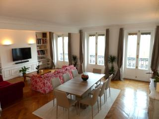 Huge 140 m2  3Br center of Paris - Paris vacation rentals