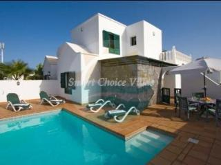 Five Bedroom Villa With Pool In Puerto del Carmen - Puerto Del Carmen vacation rentals