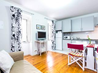 Lisbon Inn 0 is in Lisbon Center - Santa Lucia vacation rentals