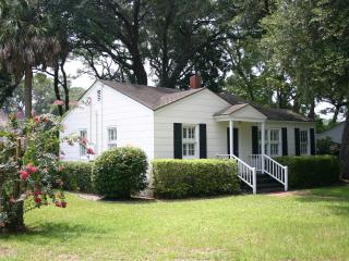 The Seagull Cottage (Near the Village and Pier) - Saint Simons Island vacation rentals