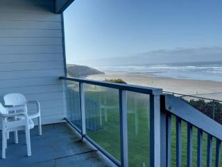 Nye Sands Condo for Two ~ RA5933 - Newport vacation rentals
