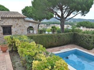 Villa Rosello, 10 persons, with pool and seaview - Sant Antoni De Calonge vacation rentals