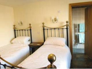 Romantic 1 bedroom Bed and Breakfast in Nuneaton - Nuneaton vacation rentals