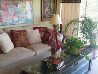 Romantic 1 bedroom Apartment in Guadalajara - Guadalajara vacation rentals
