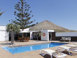 Charming 3 bedroom Vacation Rental in Tias - Tias vacation rentals