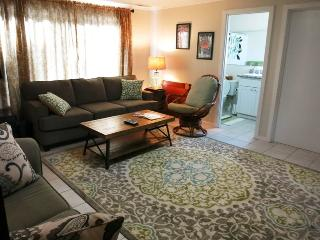 MAGGIES RETREAT - Newport, South Beach - South Beach vacation rentals