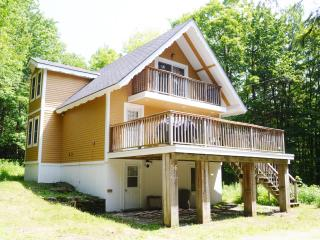 3 Bedroom Cottage Near Jay Peak Resort - Jay vacation rentals