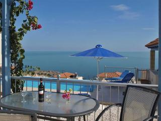Beautiful Villa with A/C and Satellite Or Cable TV - Kefalas vacation rentals