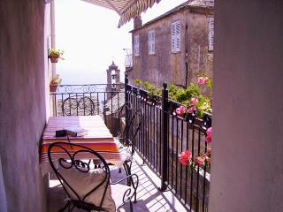 Belle maison de village avec terrasse vue mer - Bastia vacation rentals