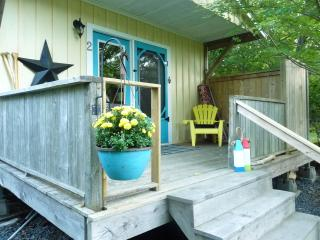 Nice 1 bedroom Halifax Guest house with Internet Access - Halifax vacation rentals