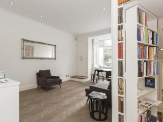 One Fine Stay - Milson Road apartment - London vacation rentals